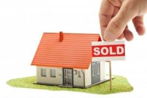 האם קניית דירה בארץ באמת השקעה משתלמת