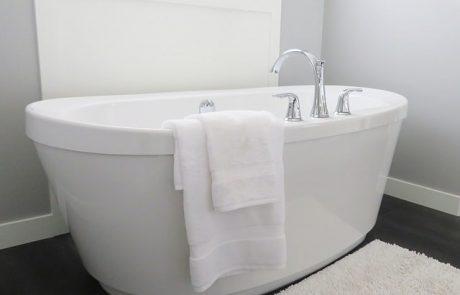 10 טיפים לעיצוב אמבטיה בתקציב מצומצם