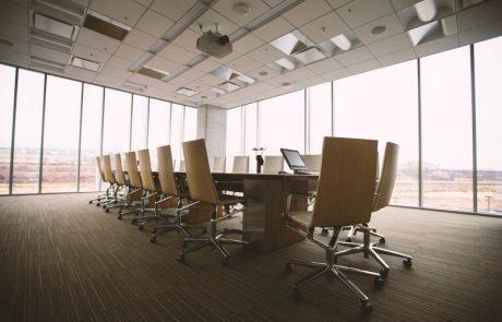 ריהוט משרדי – איך להתאים ריהוט לעסק?