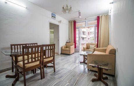 איך לבחור בעל מקצוע לצורך עיצוב דירה קטנה למשפחה?