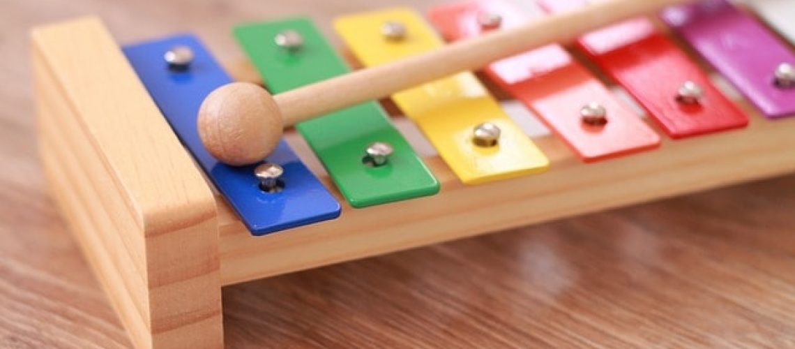 צעצועים מוזיקליים לילדים