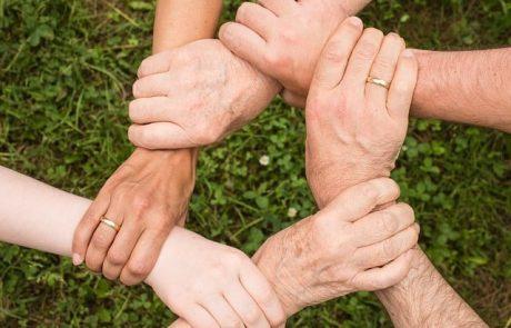 פעילות בנושא אחדות