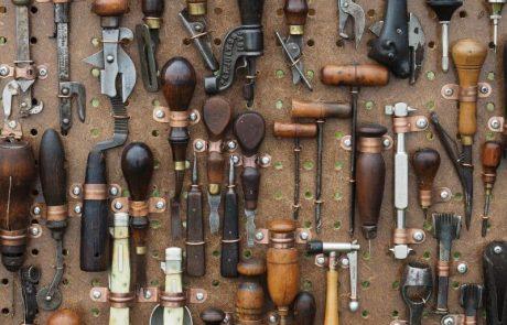 כלי עבודה ידניים – מה כל גבר חייב בארגז הכלים