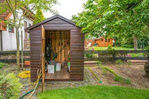 מחסן עץ לגינה
