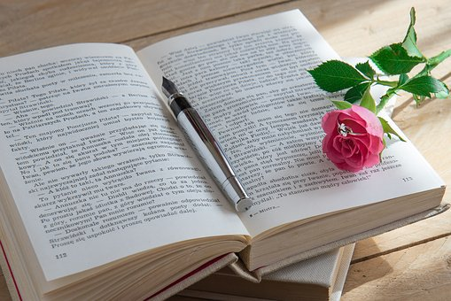 כיצד מוציאים ספר לאור?