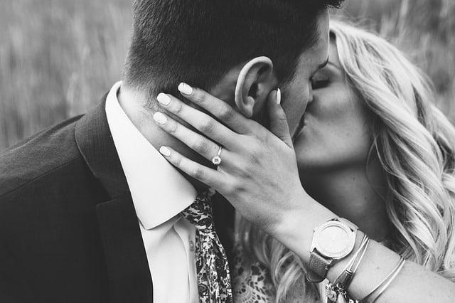 טבעת אירוסין מיוחדת – איך מוצאים אחת כזאת?