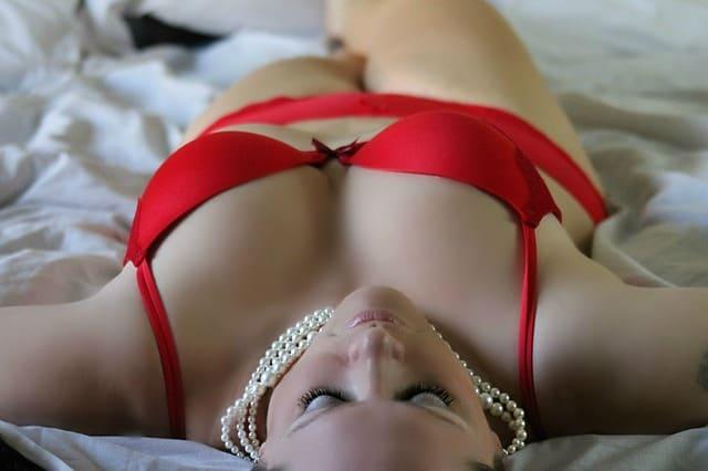 10 טיפים לבחירת הלבשה תחתונה סקסית