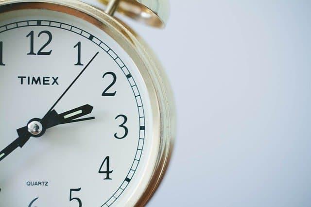 שעוני שבת אנלוגיים ודיגיטליים – מה יותר מתאים לך