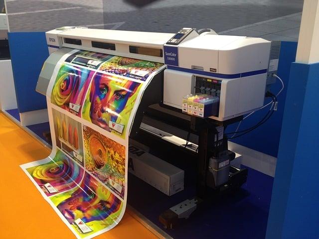 במקום לרכוש ניתן להשכיר מדפסת לעסק