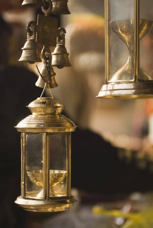 מנורת ירח עם תמונה – ככה מעצבים את החדר בצורה יפה