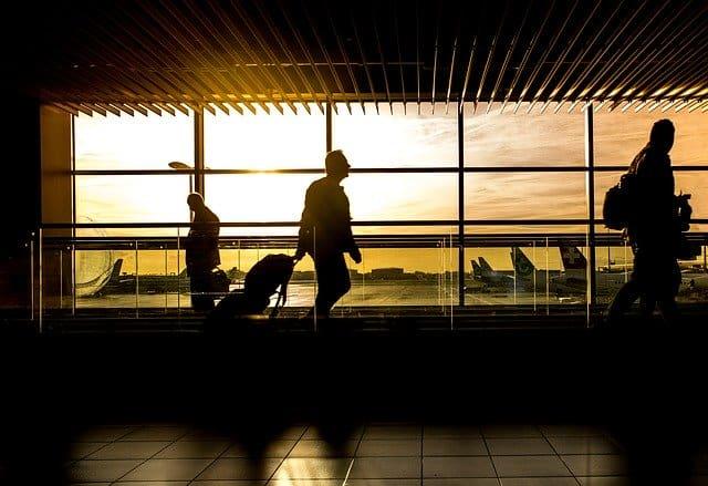 """מה כדאי לדעת לפני שנוסעים לנסיעת עסקים בחו""""ל?"""