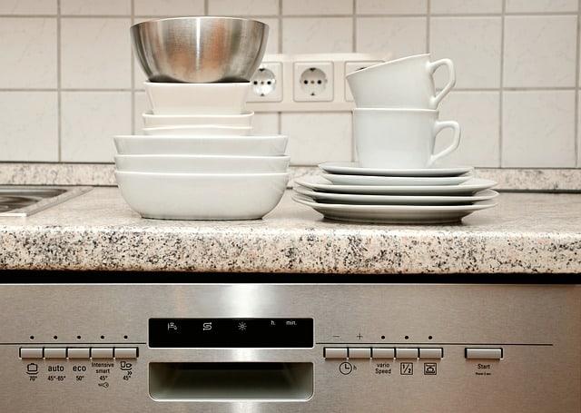 מדיח כלים צר מצוין למקומות קטנים