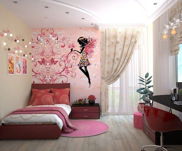שימוש בספסל ספרים ארוך, תמונות לחדר ילדים ומיטה נמוכה – עיצוב חדר ילדים לפי הגישה המונטסורית