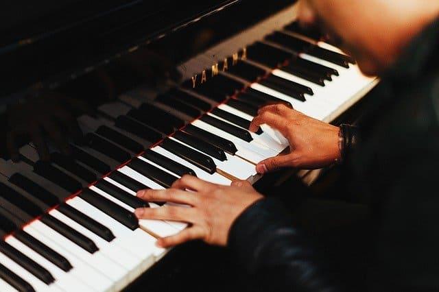 פסנתר יד 2 – דברים קטנים עושים את הפסנתר בעל ערך